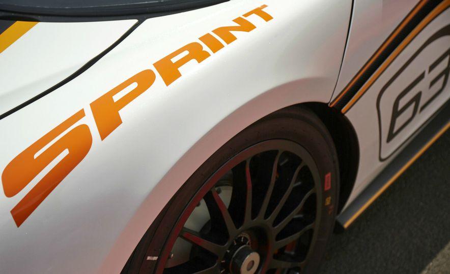 McLaren 570S Sprint and 2016 McLaren 570S - Slide 7