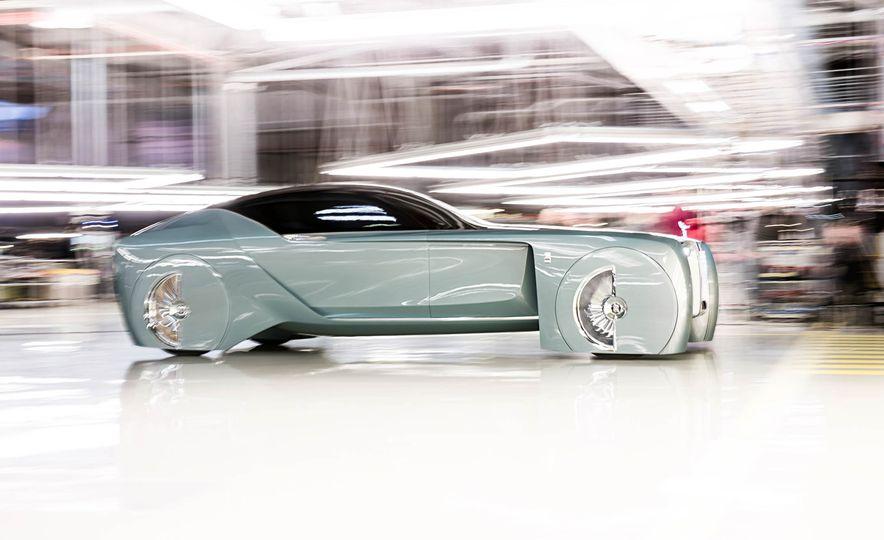 Rolls-Royce 103EX concept - Slide 1