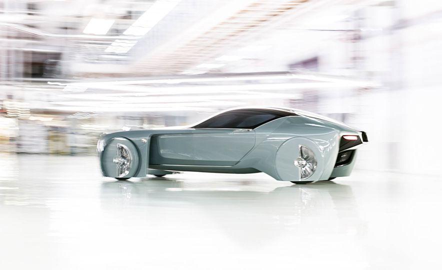 Rolls-Royce 103EX concept - Slide 2