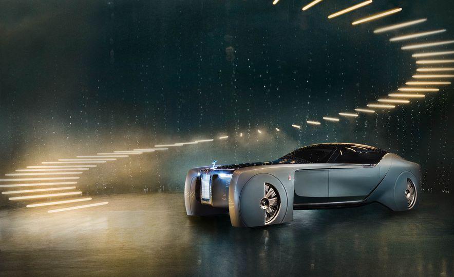 Rolls-Royce 103EX concept - Slide 3