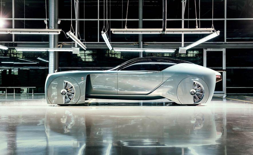 Rolls-Royce 103EX concept - Slide 5