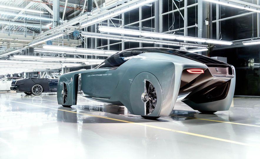 Rolls-Royce 103EX concept - Slide 6