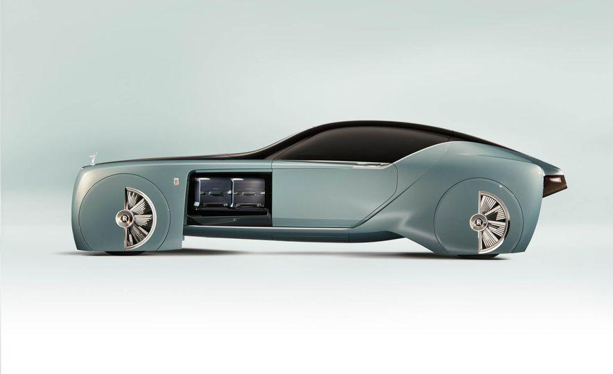 Rolls-Royce 103EX concept - Slide 12