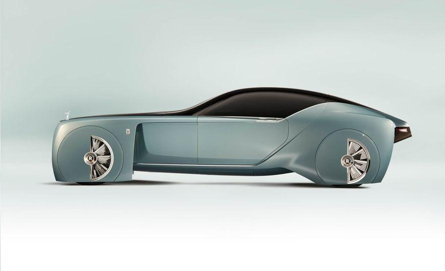 Rolls-Royce 103EX concept - Slide 13