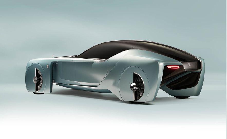 Rolls-Royce 103EX concept - Slide 14