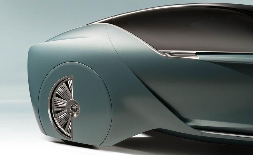 Rolls-Royce 103EX concept - Slide 19