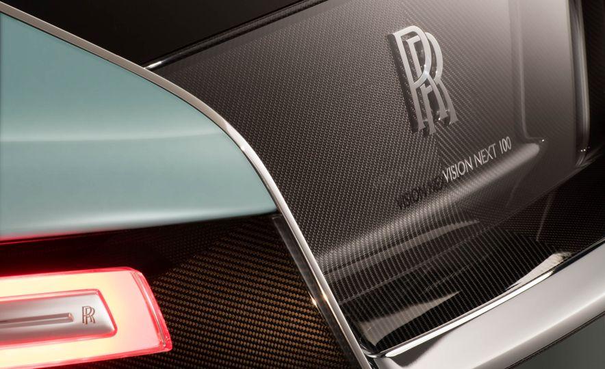 Rolls-Royce 103EX concept - Slide 20