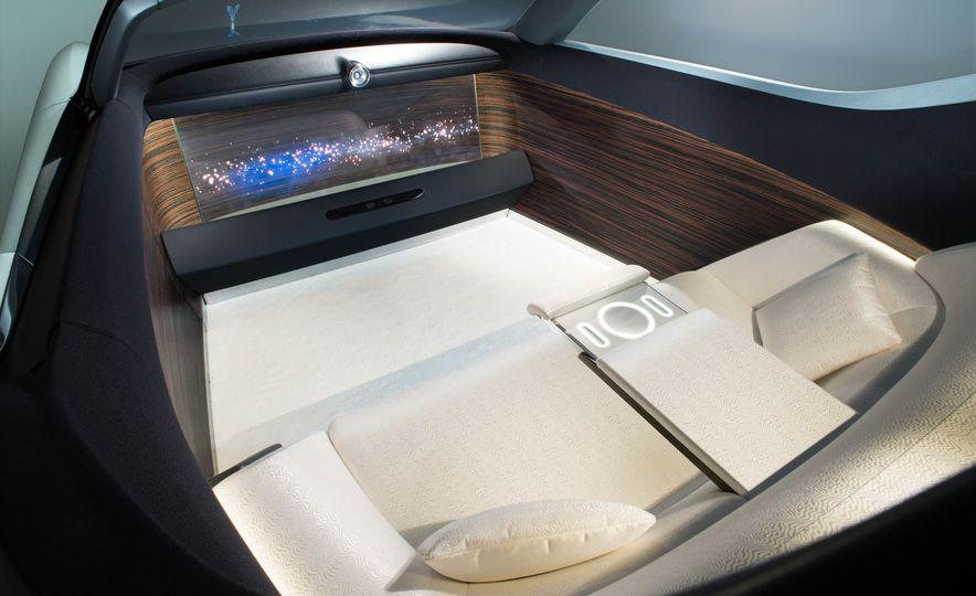 Rolls-Royce 103EX concept - Slide 21