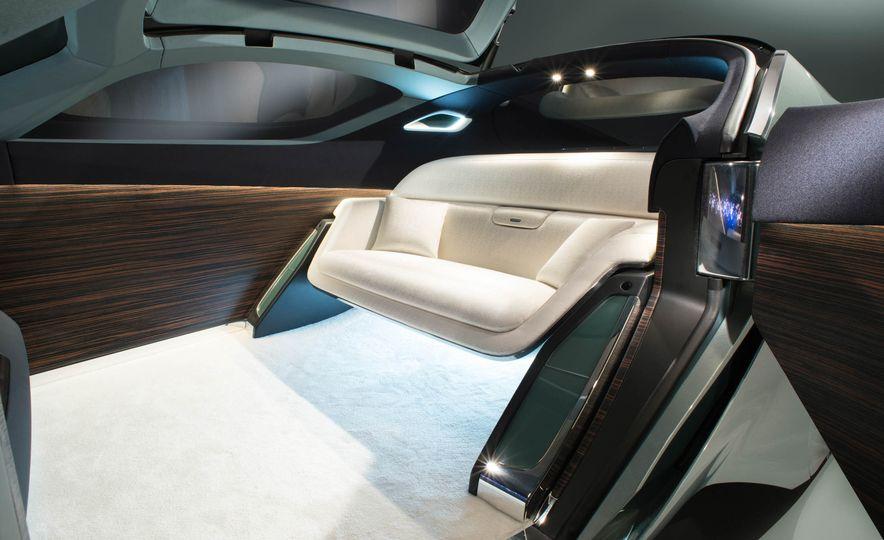 Rolls-Royce 103EX concept - Slide 23