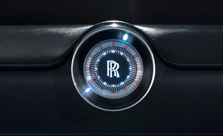 Rolls-Royce 103EX concept - Slide 24
