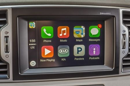 Feeling a Connection: Some Older Kias to Receive Apple CarPlay and Android Auto