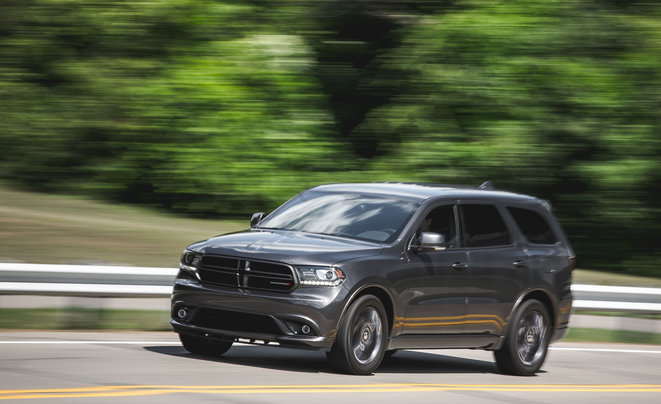 dodge r t durango by 2016 dodge durango pictures photo gallery car and driver