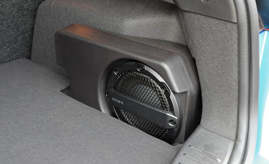 2016 Ford Focus Titanium hatchback - Slide 60