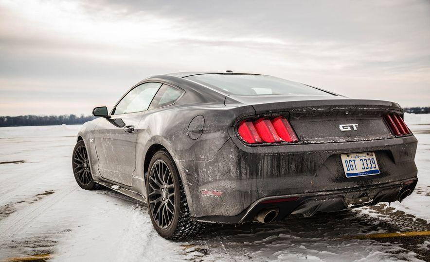 2016 Ford Mustang GT - Slide 23