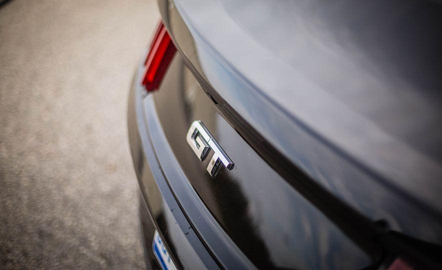 2016 Ford Mustang GT - Slide 28