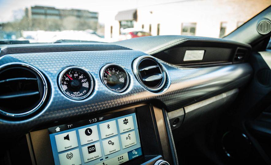 2016 Ford Mustang GT - Slide 42