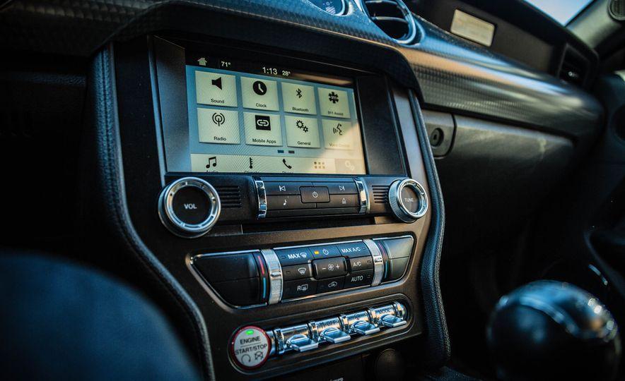 2016 Ford Mustang GT - Slide 43