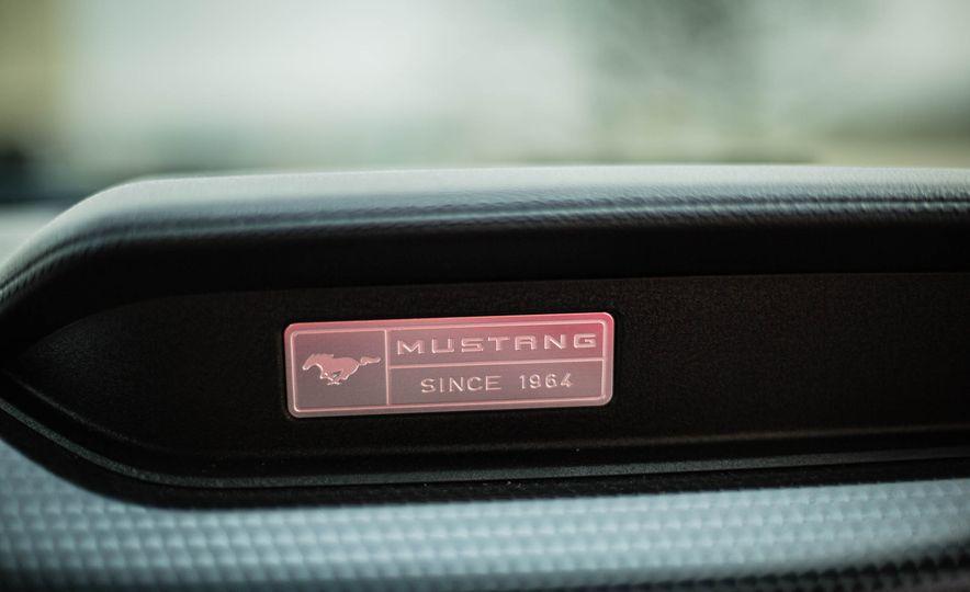2016 Ford Mustang GT - Slide 46