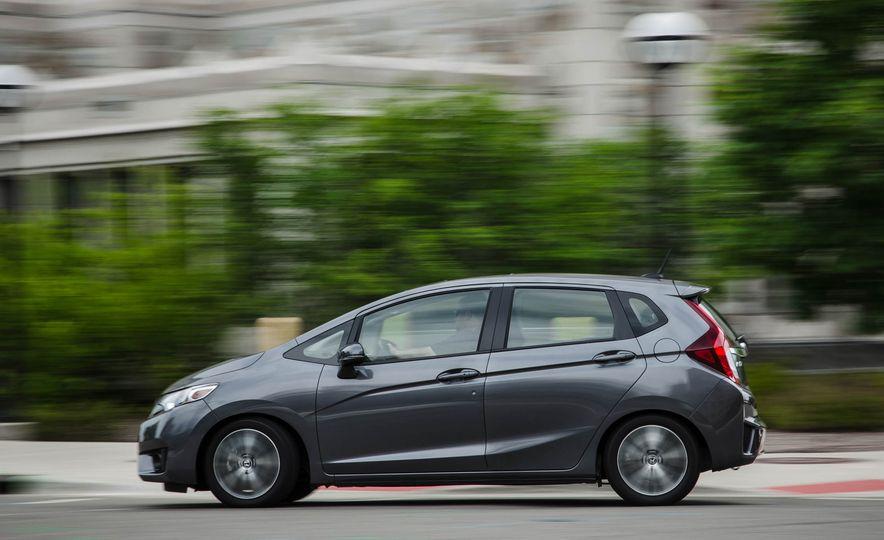 2016 Honda Fit - Slide 5