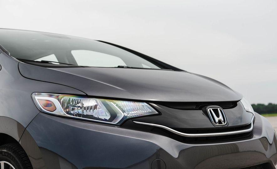 2016 Honda Fit - Slide 15
