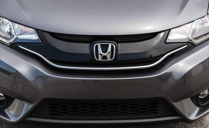2016 Honda Fit - Slide 17