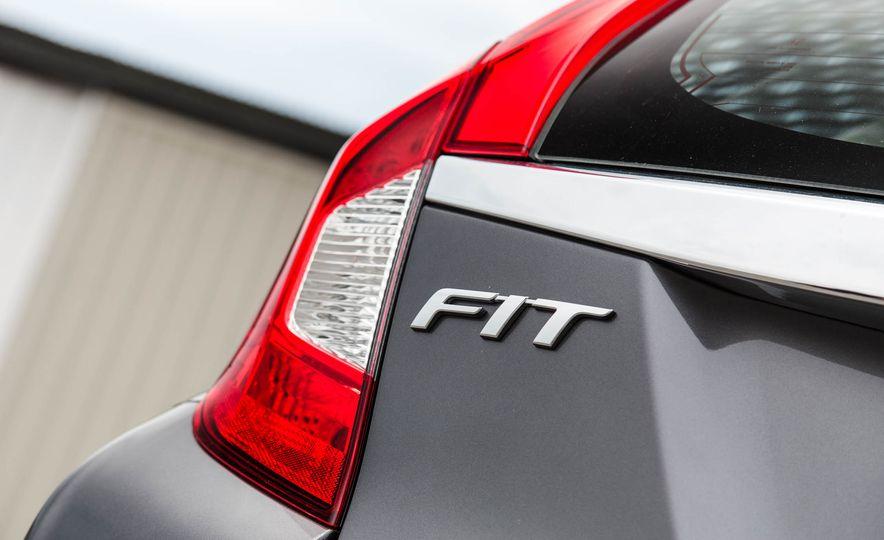 2016 Honda Fit - Slide 19