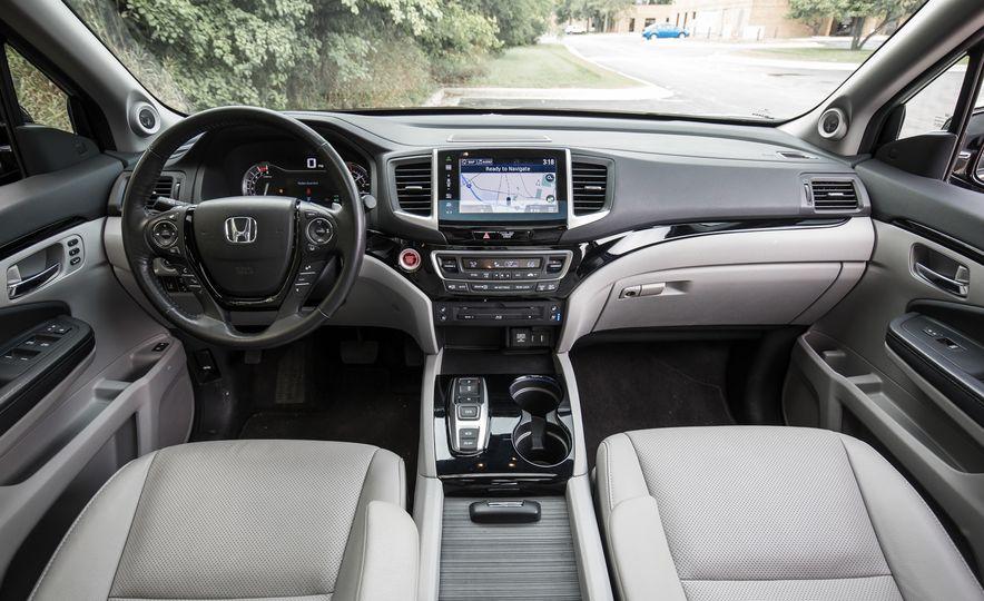 2016 Honda Pilot Elite AWD - Slide 50