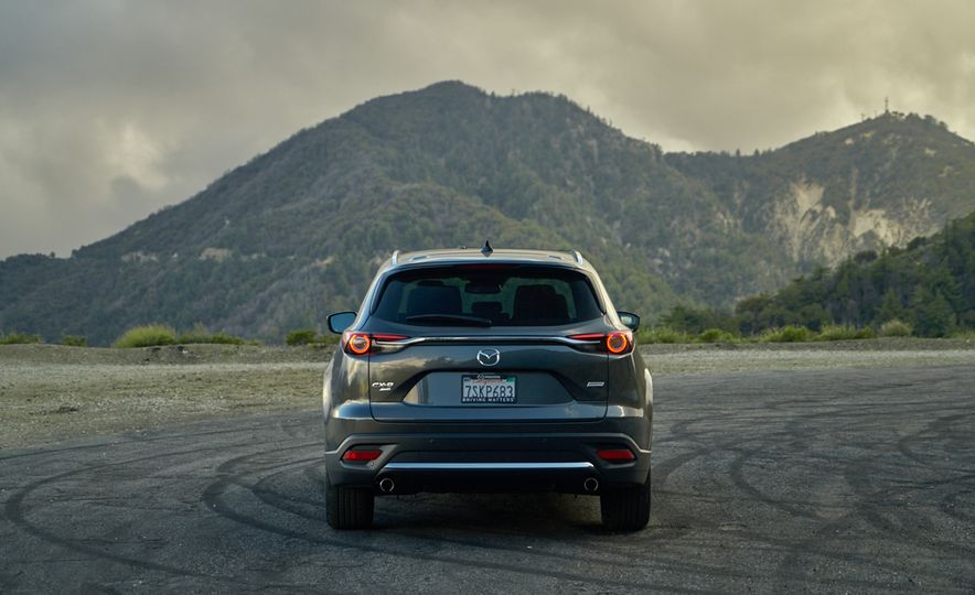2016 Mazda CX-9 Signature AWD - Slide 8