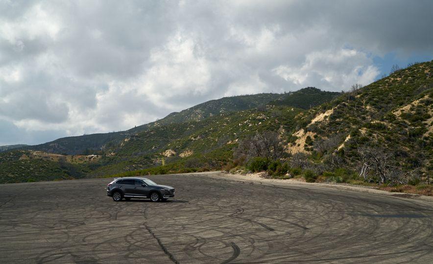 2016 Mazda CX-9 Signature AWD - Slide 10