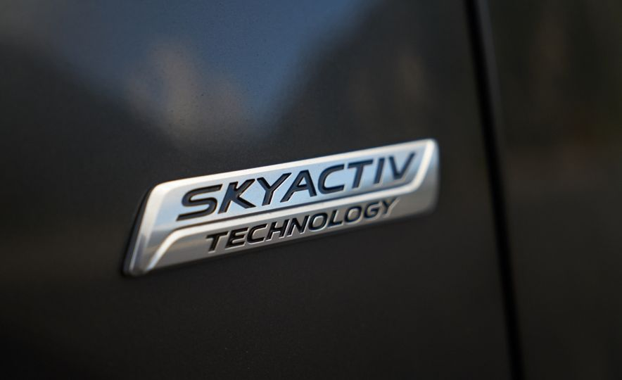 2016 Mazda CX-9 Signature AWD - Slide 15