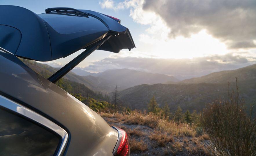 2016 Mazda CX-9 Signature AWD - Slide 16