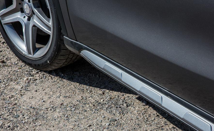 2016 Mercedes-Benz GLA250 - Slide 23
