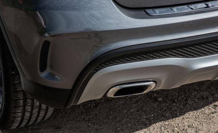 2016 Mercedes-Benz GLA250 - Slide 30