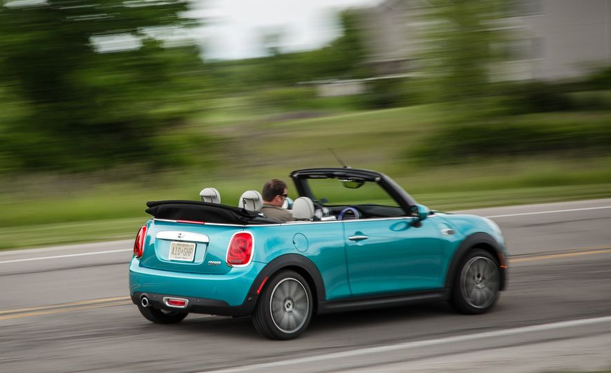 2016 Mini Cooper convertible - Slide 11