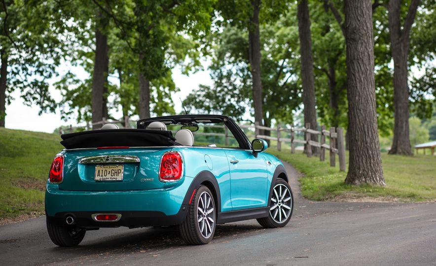 2016 Mini Cooper convertible - Slide 18
