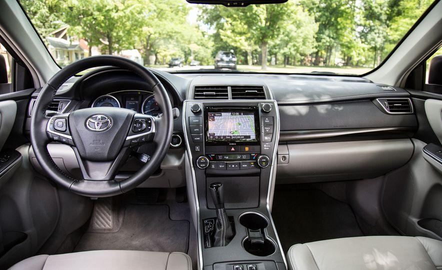 2016 Toyota Camry - Slide 20