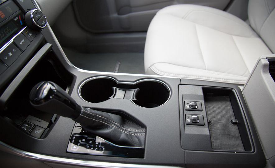 2016 Toyota Camry - Slide 24