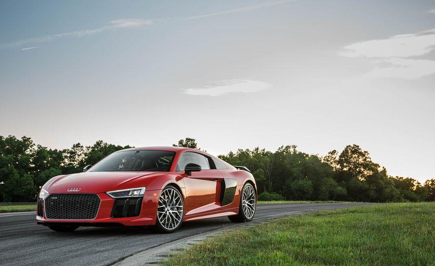 2017 Audi R8 V-10 Plus - Slide 7