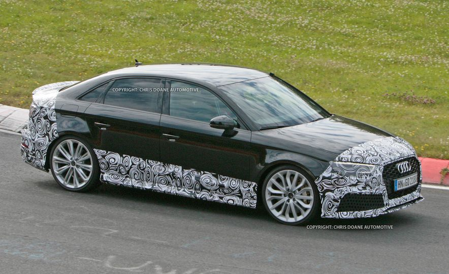 2017-Audi-RS3-Sedan-PLACEMENT - Slide 7