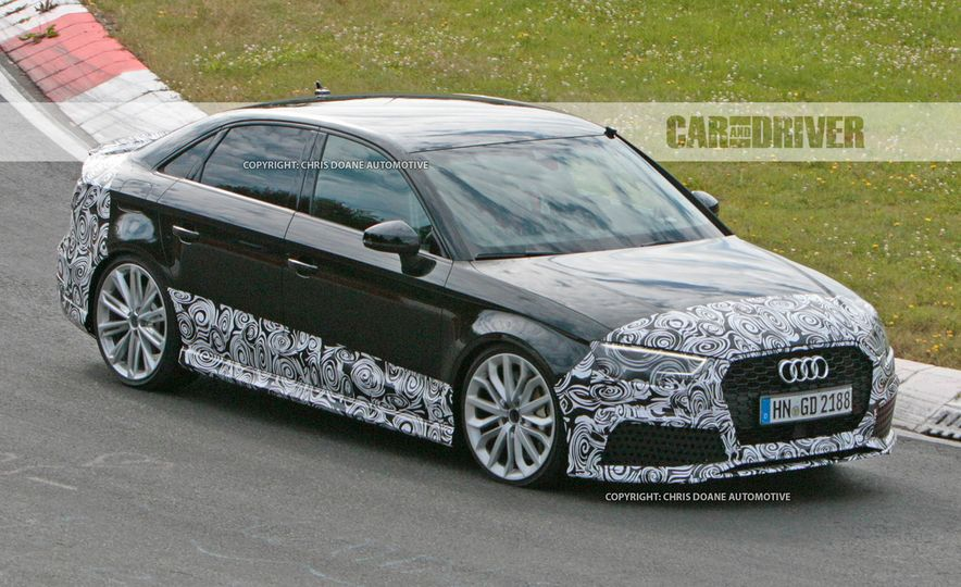 2017-Audi-RS3-Sedan-PLACEMENT - Slide 1