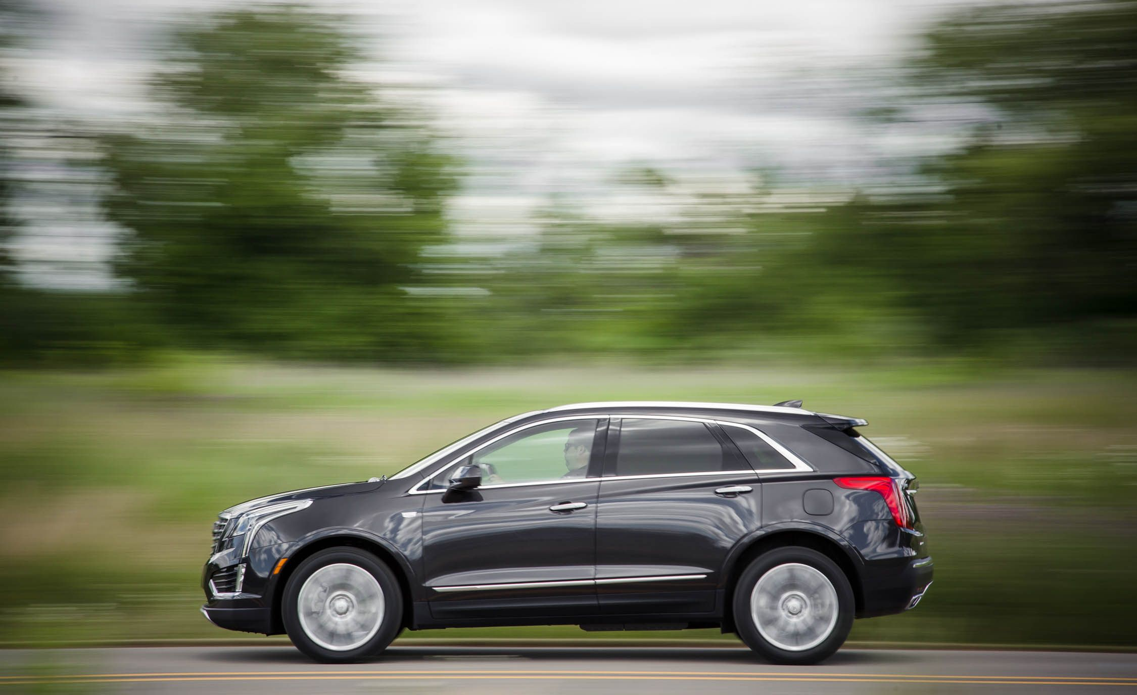 2019 Cadillac Xt5 Reviews Cadillac Xt5 Price Photos And Specs