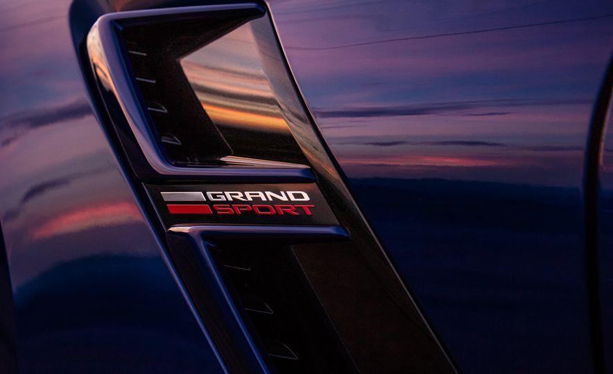2017 Chevrolet Corvette Grand Sport - Slide 3