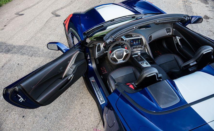 2017 Chevrolet Corvette Grand Sport - Slide 4