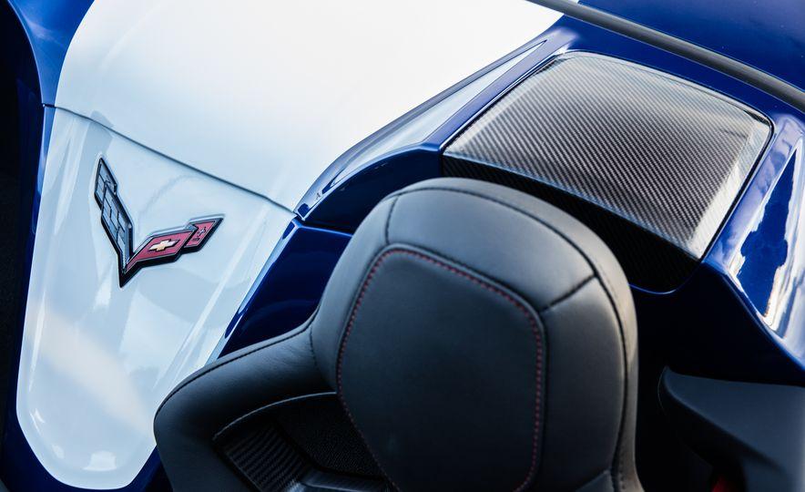 2017 Chevrolet Corvette Grand Sport - Slide 6