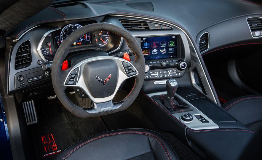 2017 Chevrolet Corvette Grand Sport - Slide 7