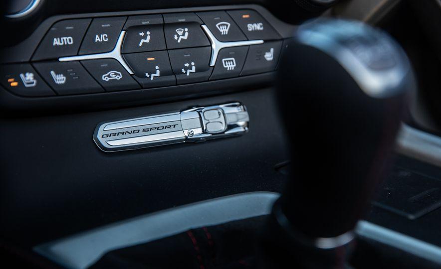 2017 Chevrolet Corvette Grand Sport - Slide 9