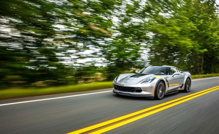 2017 Chevrolet Corvette Grand Sport - Slide 12