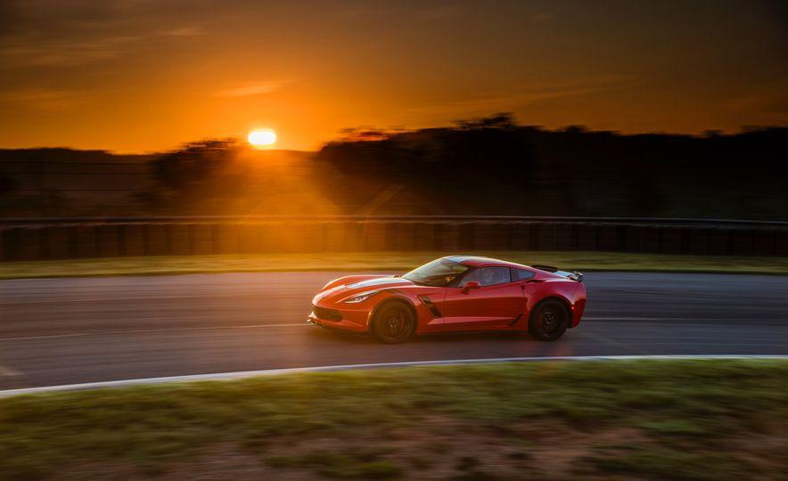 2017 Chevrolet Corvette Grand Sport - Slide 27