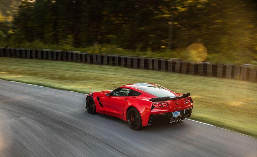 2017 Chevrolet Corvette Grand Sport - Slide 30