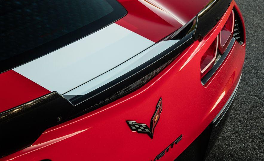 2017 Chevrolet Corvette Grand Sport - Slide 35